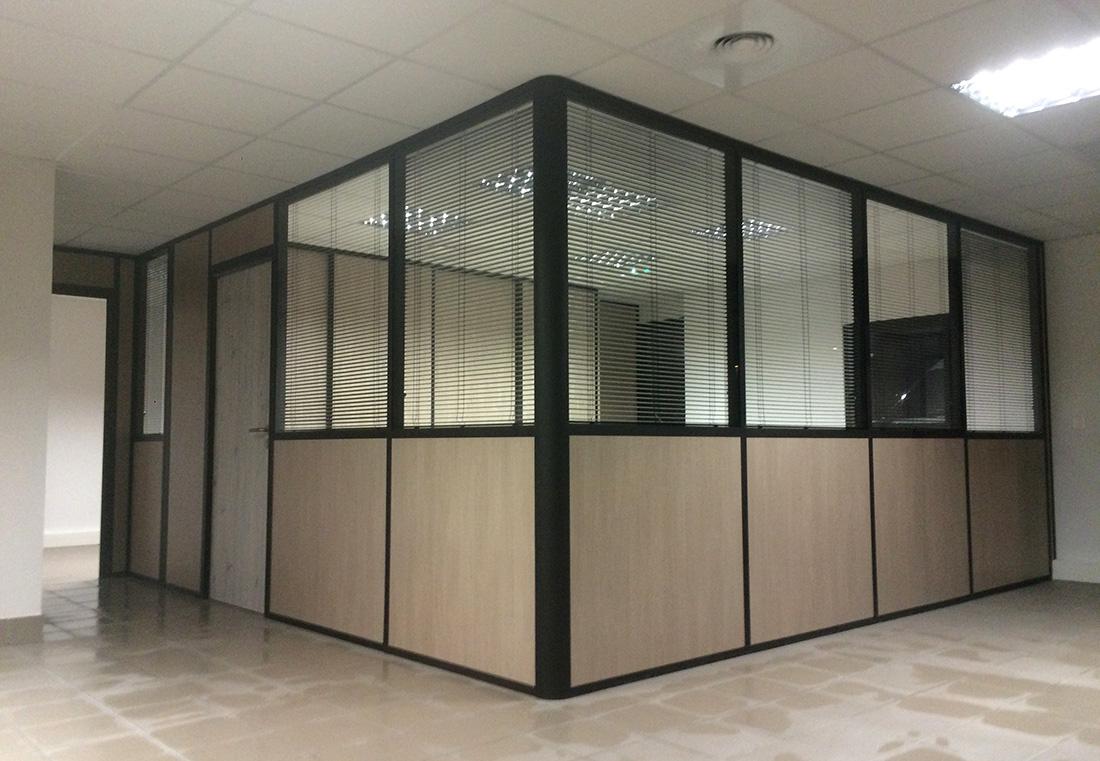 Cloison de bureau modulaire.Les Milles.