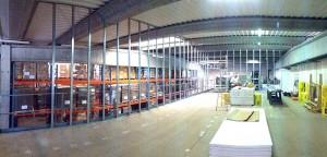 Cloison placo. Aménagement de bureau sur mezzanine industrielle. ZI Rousset